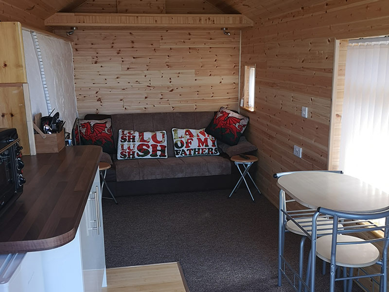 Dolcoed-Camping-Woodcabin